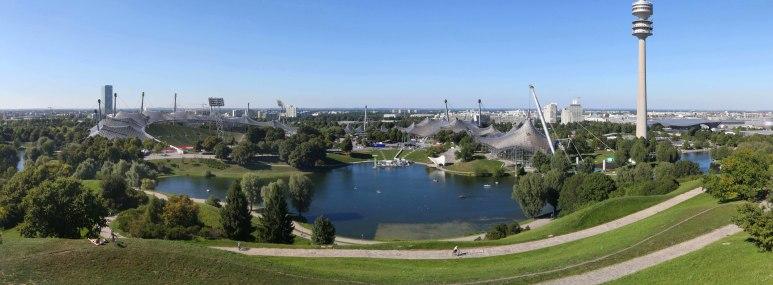 Das Olympiagelände in München - BAHNHIT.DE, © München Tourismus, Foto: Tommy Loesch