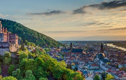 Bahn & Hotel Heidelberg, © iStock, Foto: mh-fotos