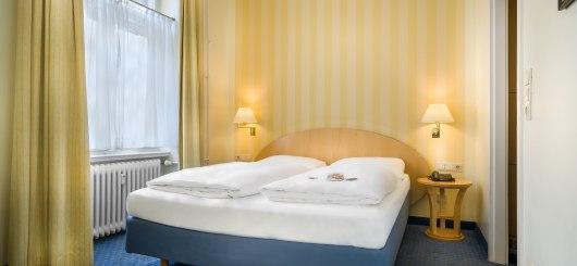 Standard Doppelzimmer, © Novum Management GmbH, Foto: Reiner Hausleitner