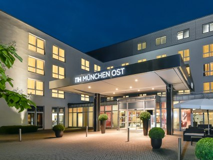 NH München Ost Conference Center Eingang - BAHNHIT.DE, © NH Hotels