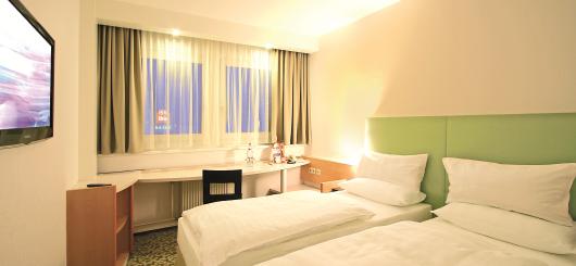 Doppelzimmer, © ibis Hotels Dresden