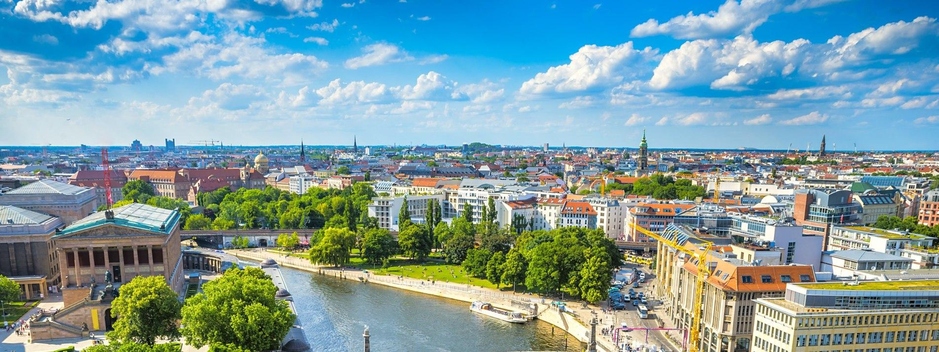 Panoramablick auf Potsdam - BAHNHIT.DE, © getty, Foto: Seqoya