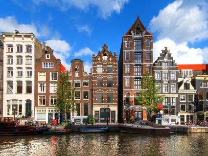 Bahn&Hotel Amsterdam, © getty, Foto: Greg Gibb