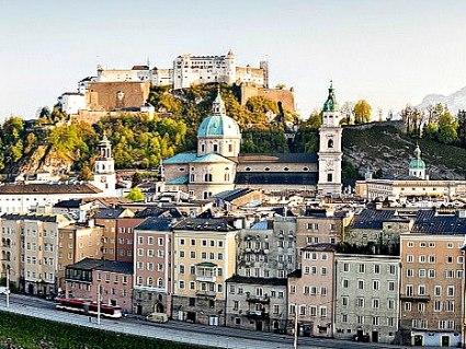 Bahn & Hotel Salzburg, © iStock; Foto: Dieter Meyrl
