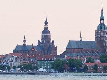 Bahn & Hotel Stralsund, © Hansestadt Stralsund