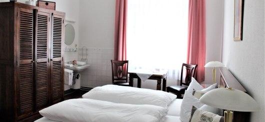 Doppelzimmer mit Waschecke, © Pension Brinn