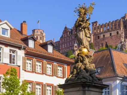 Bahnhit Heidelberg, © Westend61