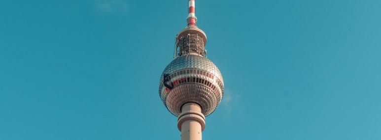 Berliner Fernsehturm - TV Turm - BAHNHIT.DE, © getty, Foto: Heye Jensen / EyeEm