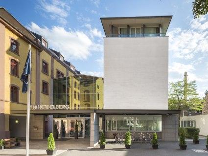 NH Heidelberg Außenansicht - BAHNHIT.DE, © NH Hotels