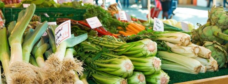 Gemüse auf dem Viktualienmarkt in München - BAHNHIT.DE, © getty, Foto: Nikada