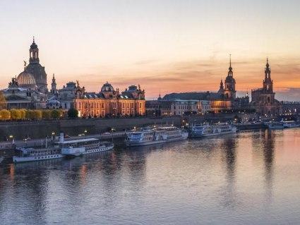 Bahn & Hotel Dresden