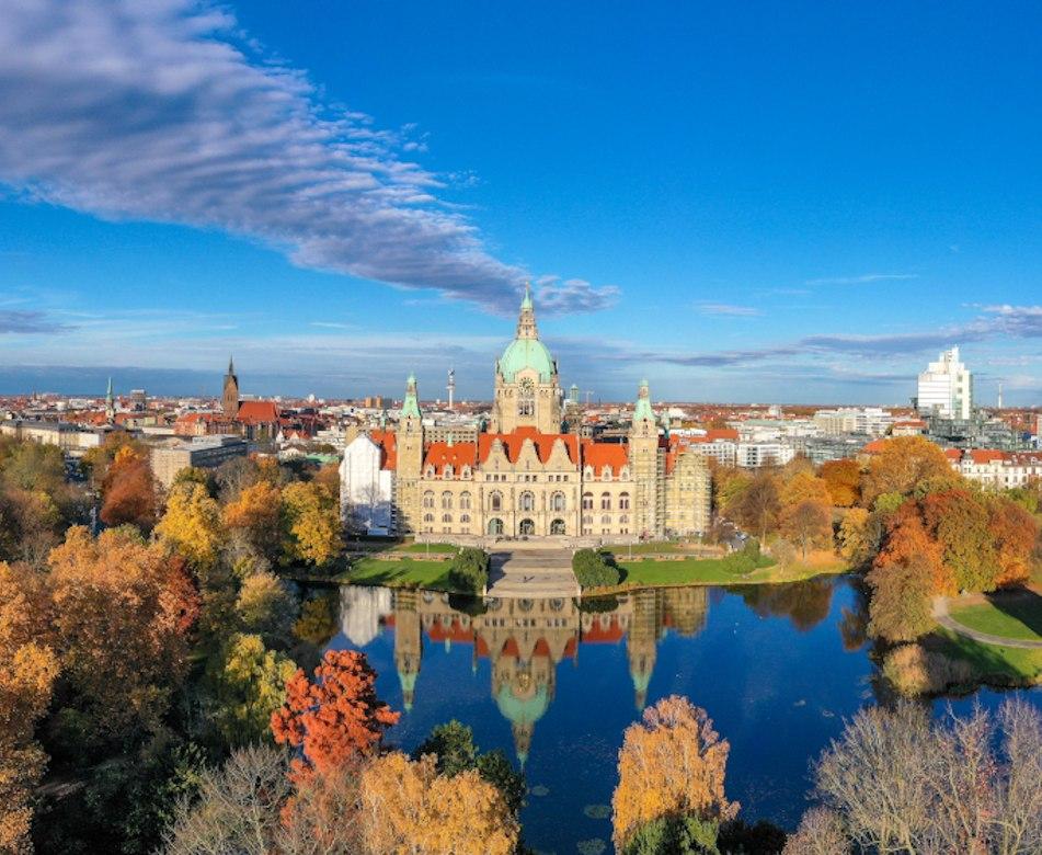 Panorama von Hannover - BAHNHIT.DE, © Getty, Foto: Nico Schönberger