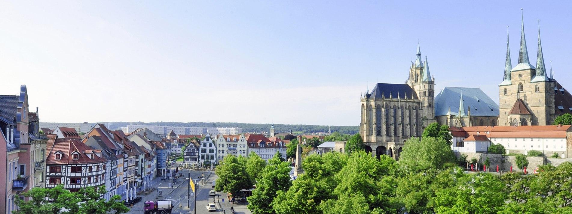 Erfurt Dom und Severi Panorama - BAHNHIT.DE, © getty