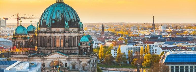 Der Berliner Dom in Berlin - BAHNHIT.DE, © getty, Foto: william87