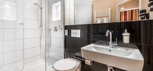 Komfort Doppelzimmer Bad, © Best Western Raphael Hotel Altona